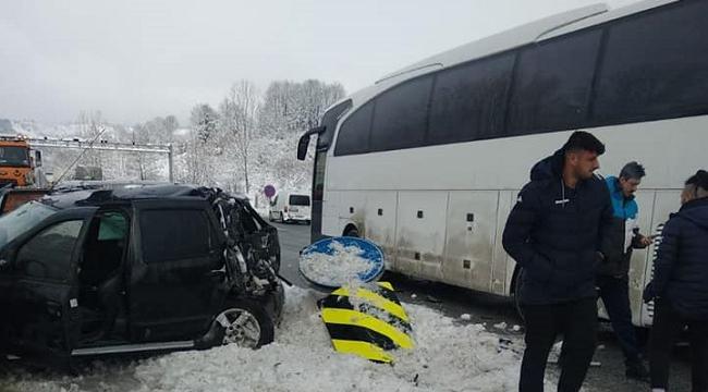 Voleybol takımımız kaza yaptı